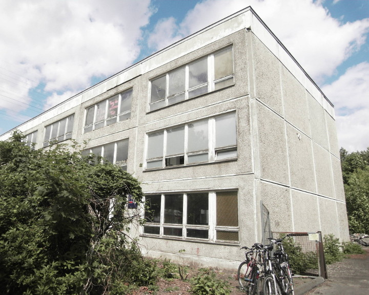 zuhause im alter wohngemeinschaft werkpalast berlin lichtenberg. Black Bedroom Furniture Sets. Home Design Ideas