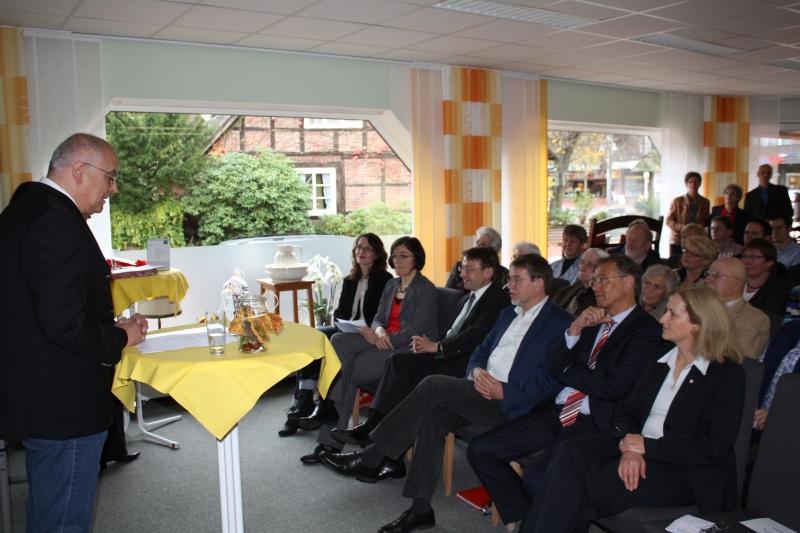 Zuhause im alter seniorenzentrum for Schaukelstuhl umbau